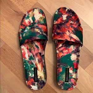 Brand New Floral Thong Sandal!